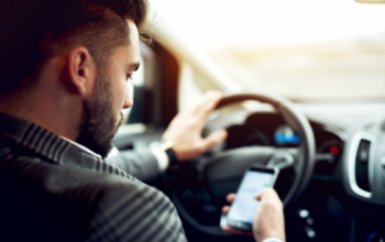 6 Common Causes of Distracted Driving